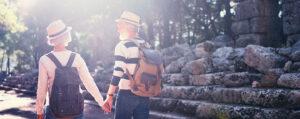 Idosos podem viajar de graça ou com desconto